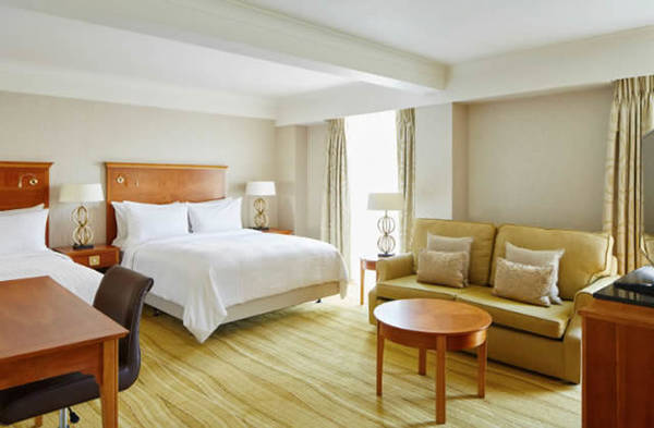 Howard Johnson by Wyndham Pigeon Forge Hotel